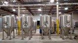 La operación simple del equipo de la fabricación de la cerveza/la mini máquina de la cerveza/proporciona a fabricantes libres de la tecnología de la fabricación de la cerveza