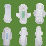Serviette hygiénique confortable de coton avec des ailes
