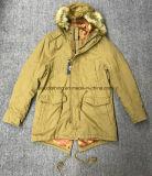 普及した底が付いているメンズのための余暇の冬の屋外のコート