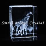 Bloque de la jirafa del laser del cristal 3D (ND11071)