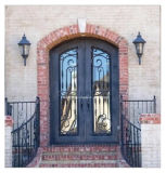 アパートのための段階的細工した前部二重鉄のドア