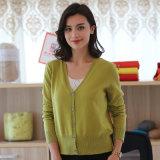 Suéter al por mayor de la cachemira de las mujeres del estilo el 100% de la rebeca del botón
