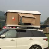Barraca impermeável da parte superior do telhado do escudo da lebre com logotipo para acampar