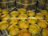 새로운 작물 굽기에 의하여 사용되는 통조림으로 만들어진 노란 복숭아 반