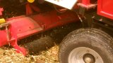 Écaillement de cartel de maïs et machine de cueillette avec le grand réservoir