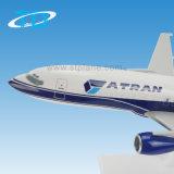 Avión plástico de la escala Atran Modelo B737-400 1/100 36cm