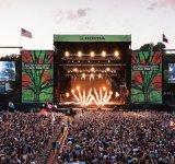 Farbenreiches Digital-Drucken-im Freien zahlungsfähige niedrige Ineinander greifen-Fahne für Stadiums-Hintergrund