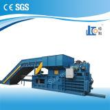 Empaquetadora de embalaje hidráulica horizontal Hbe40-7272