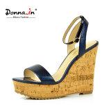 (Donna-в) сандалии высокой пятки клина пробочки женщин картины змейки способа