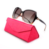 Óculos de sol feitos sob encomenda da forma UV400 das mulheres do frame plástico da promoção (YJ-1628)