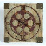 Orologio di legno di vecchia di stile figura industriale del quadrato