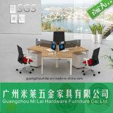 キャビネットが付いている熱い営業所の机のオフィスの区分のオフィス用家具