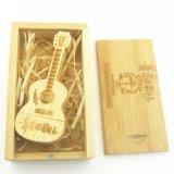Nuovo bastone Pendrives di legno dell'azionamento dell'istantaneo del USB di figura della chitarra di modo come regali promozionali ai clienti