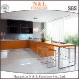 De Standaard Houten Commerciële Keukenkast van uitstekende kwaliteit van het Vernisje