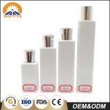 Quadratische kosmetische Haustier-Flasche mit Rosen-Schutzkappe
