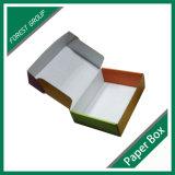 Costume barato caixas onduladas de empacotamento impressas do papel de Matt para enviar