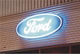 Signage plástico de incandescência lateral do logotipo do carro do revestimento de vácuo