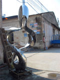 屋外のステンレス鋼の彫刻、抽象美術の美しいカーブ