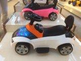 Carro elétrico de BMW de 2016 miúdos com luz e música