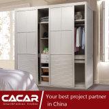 Armoire de chambre à coucher élégante élégante de style Prague avec porte en PVC (CA01-02)