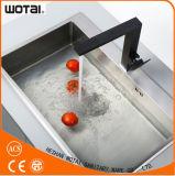 Quadratische schwarze Farben-Einhebelschwenker-Küche-Hahn