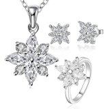 La plata esterlina 925 plateó la joyería fijada con el pendiente y los anillos del collar de la dimensión de una variable de la flor del Zircon