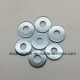Acier plat de Carnbon de rondelles de taille de DIN9021 Larg avec du Cr galvanisé 3+ M12