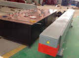 Macchina elaborante della finestra del PVC