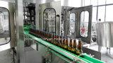 Máquina tampando de enchimento da cerveja automática