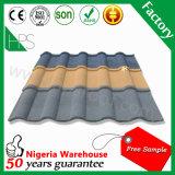 Tuile de toit en acier enduite de sable de couleur de matériau de construction de l'Afrique