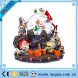 Cranio dell'interno della resina della decorazione di festa di Halloween creativa più calda con il globo