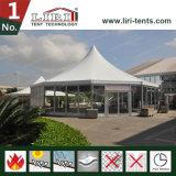 خيمة خاصّ سداسيّة يستعمل لأنّ فندق, [هوتل رووم]