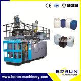 O plástico do custo de fábrica engarrafa a máquina de sopro da extrusão com Deflashing o sistema