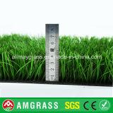 Фальшивка футбола/спорты футбола сооружают синтетическую траву лужайки