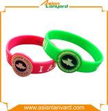 Цветастым выбитый способом Wristband кремния
