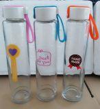 De in het groot Fles van het Glas, het Drinken de Container van het Glas, de Fles van het Water