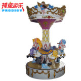 Le parc d'attractions joyeux vont rond, mini carrousel, carrousel de 3 portées
