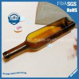 Орнамент стеклянной бутылки вина вырезывания