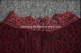 Rotes Restonic Frauen-Baumwollkleid