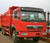 Vrachtwagen van de Kipwagen van de Stortplaats van de Kipper van China FAW 6X4 de Gebruikte (RHD)