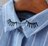 Camisa azul do `S Cotton&Linen das mulheres