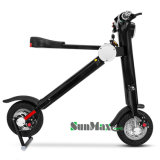 2つの車輪が付いている2017年のSunmax Citycocoの電気スクーター