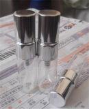 Botella de petróleo esencial transparente con el rociador fino de la niebla (EOB-08)