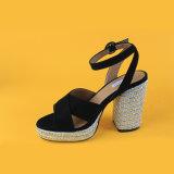 Il nero poco costoso &#160 dell'alto tallone delle donne della pelle scamosciata; Sandali delle scarpe di tela