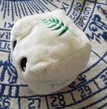 マスコットの白い豆腐のプラシ天のおもちゃ