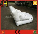 Qualitäts-haltbares weißes aufblasbares Wasser-Sofa für Verkauf