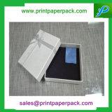 宝石箱を包む衣服の化粧品のための堅いカートンのギフト用の箱を折るカスタムペーパー