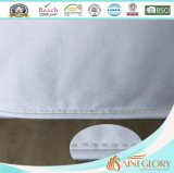Het anti-allergie Gepaste Synthetische Stootkussen van de Matras van Micerfiber van de Polyester Qulited