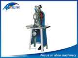 Tela de Starlink y máquina del pasamuros de los zapatos