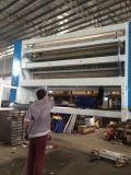 Seidenpapier-faltende Maschine mit der Prägung